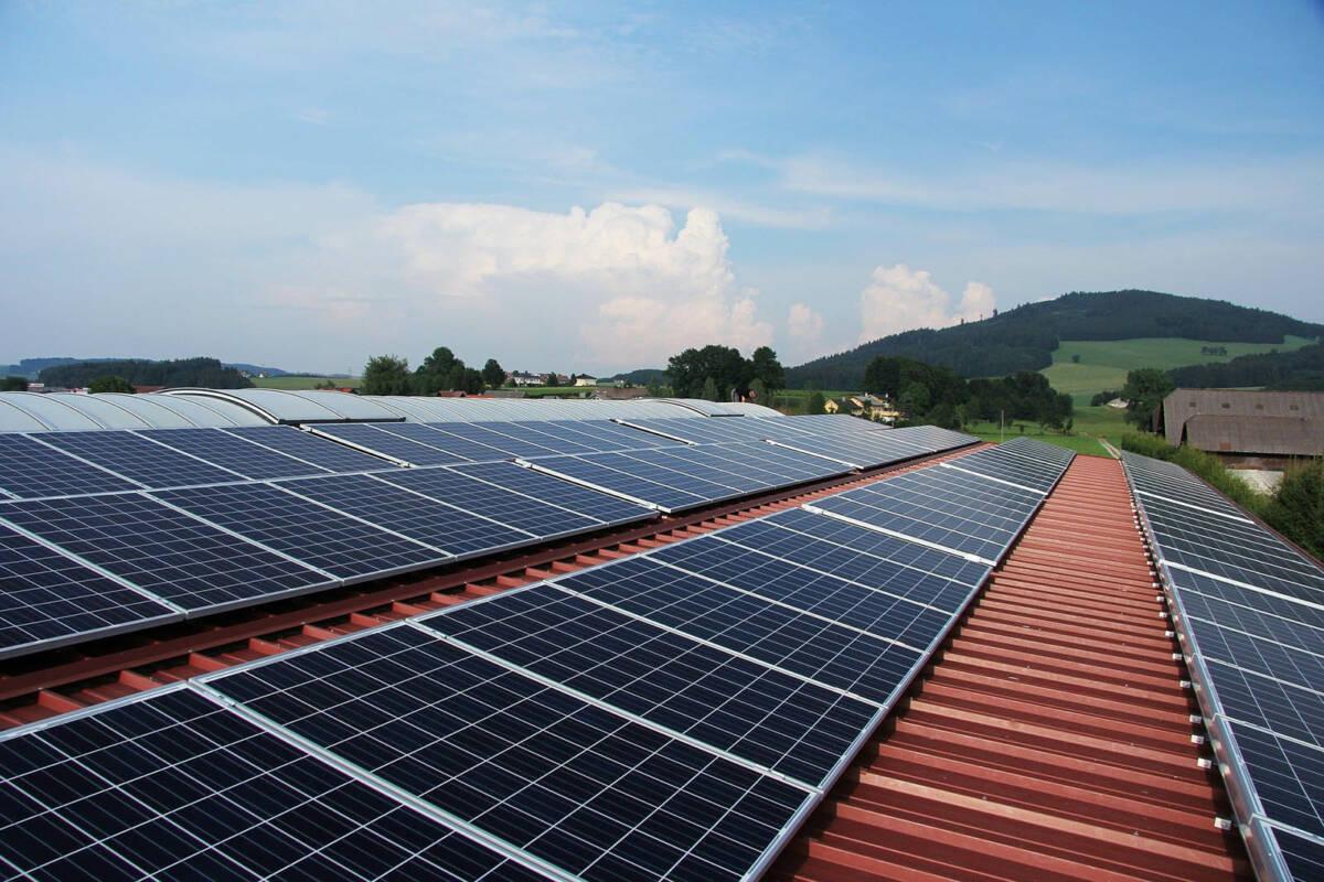 Pris och kostnad för solceller och soltak